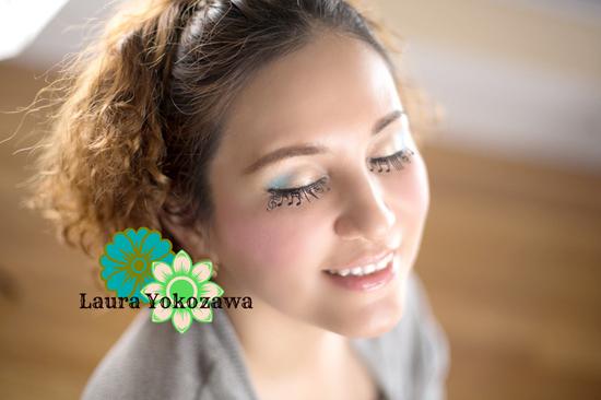 横沢ローラ写真1.jpg
