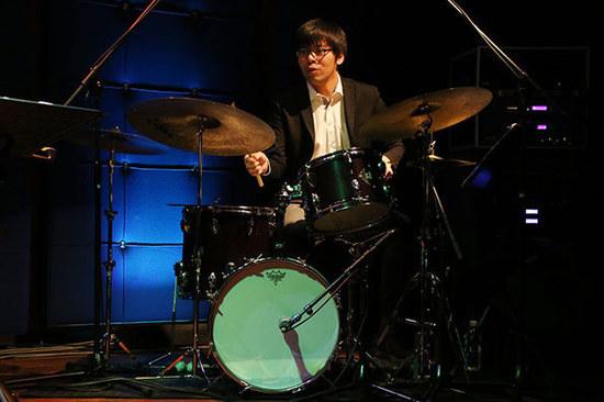 濱田省吾(Drums.jpg